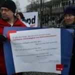 Neuköllner SPD demonstriert gegen NPD im Bezirk 15