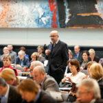Neuköllner Bundestagsabgeordneter nimmt Arbeit auf 1