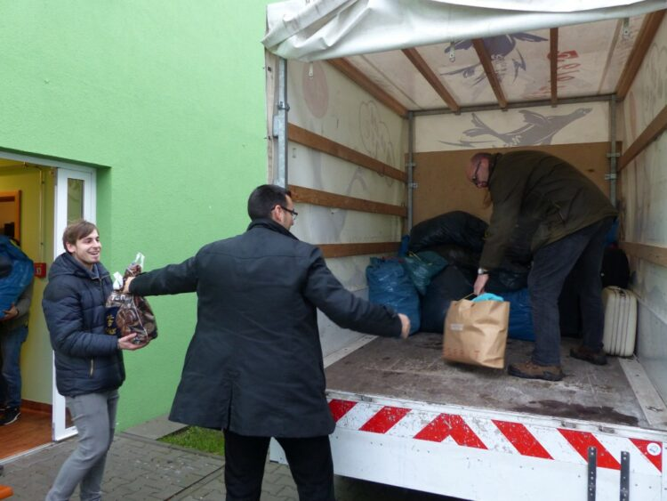 Spendenübergabe an die Flüchtlingsunterkunft 3