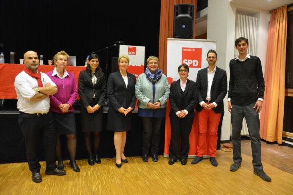 Auf dem Foto von links nach rechts: Erol Özkaraca, Anja Hertel, Derya Caglar, Dr. Franziska Giffey, Karin Korte, Nicola Böcker-Giannini, Joschka Langenbrinck, Martin Hikel