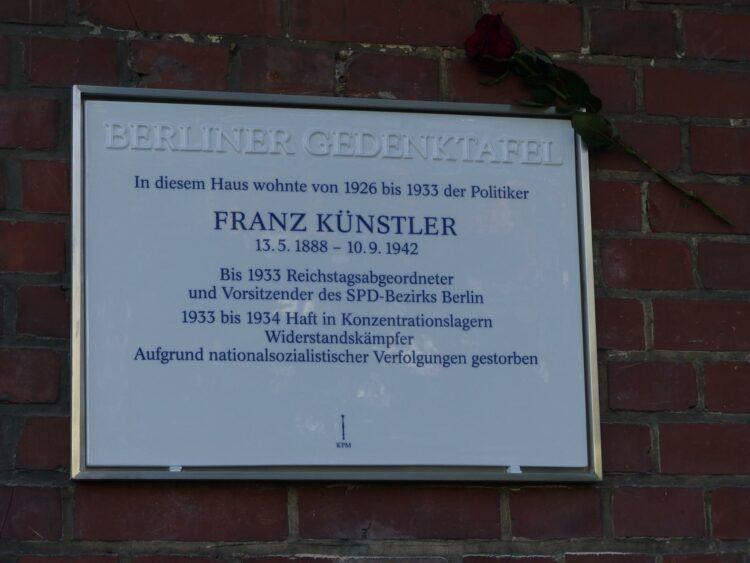 Gedenktafel für Franz Künstler 2