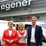 Übergabe von Wahlkampfautos an die SPD Neukölln 2