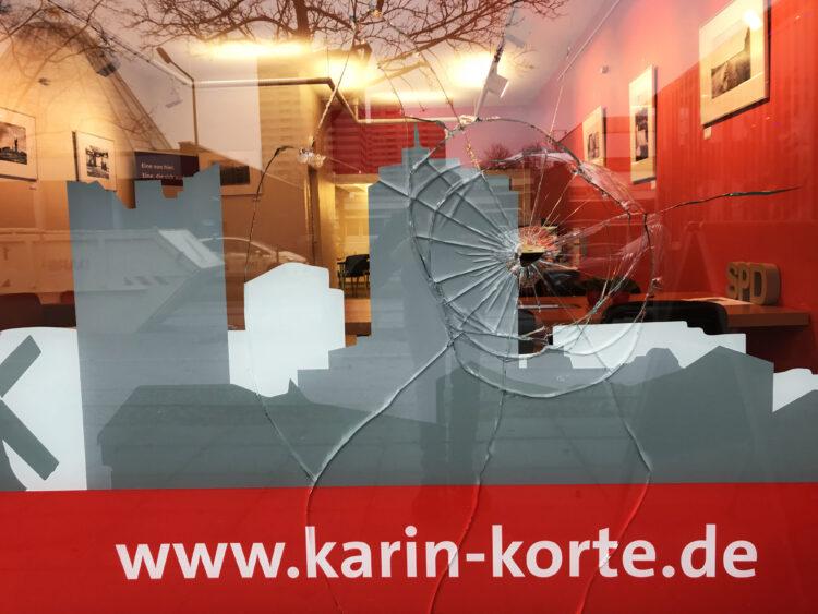 Bürgerbüro von Karin Korte beschädigt 2