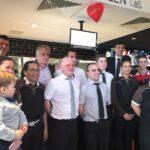 McDonald's schafft neue Arbeitsplätze im modernisierten Restaurant 1