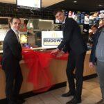 McDonald's schafft neue Arbeitsplätze im modernisierten Restaurant 2