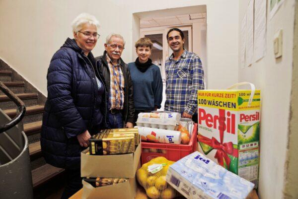 SPD-Fraktion übergab Spenden an Neuköllner Kältehilfeeinrichtung 1
