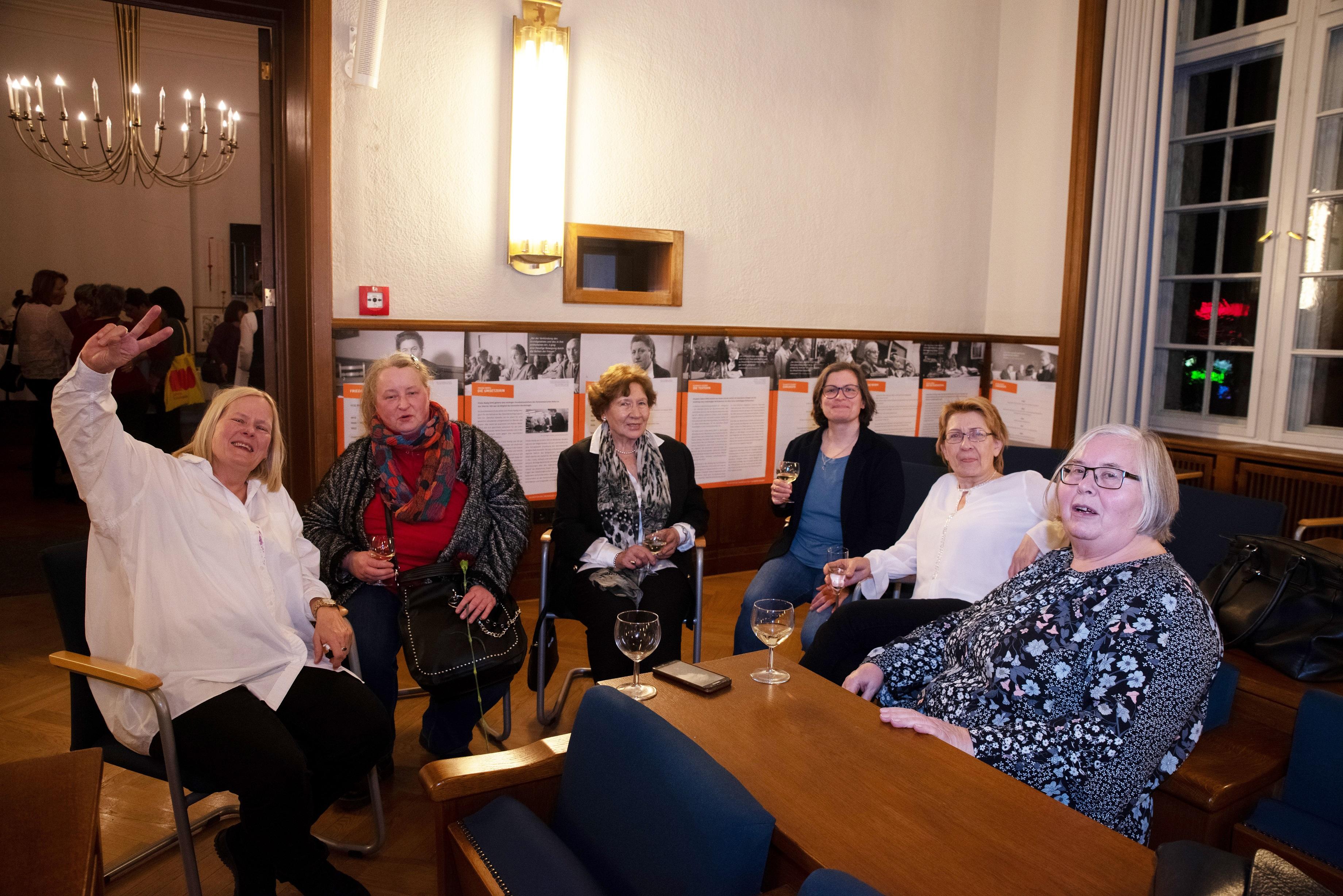 Feier 100 Jahre Frauenwahlrecht mit dem Blick nach vorne 28