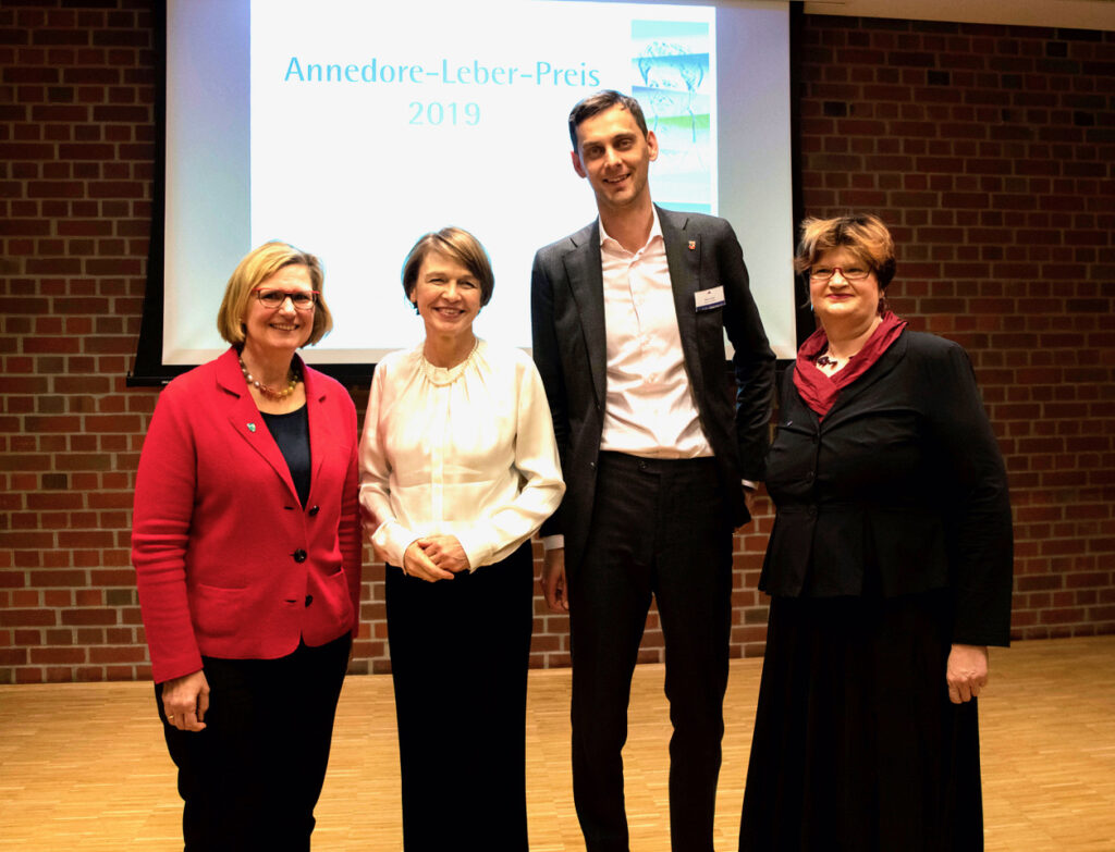 40 Jahre Annedore-Leber-Bildungswerk – Annedore- Leber- Preis verliehen 4