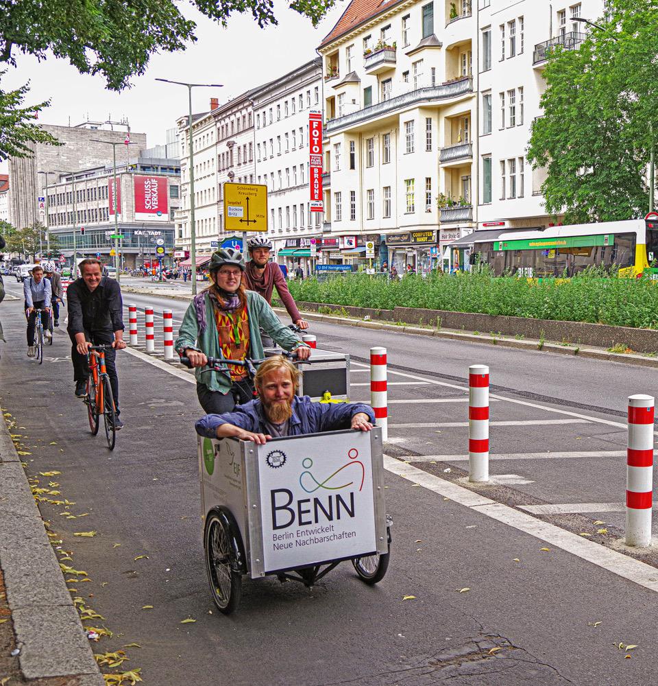 Erster geschützter Radfahrstreifen in Neukölln freigegeben 4