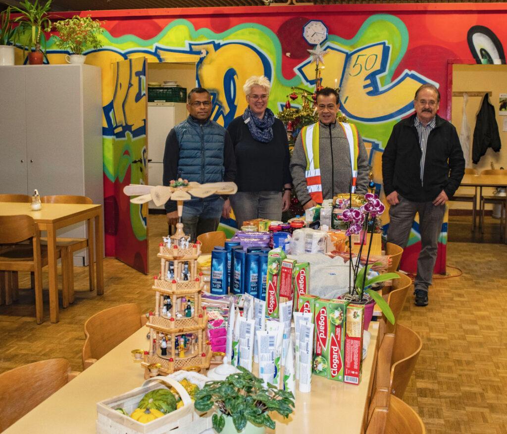 Alle Jahre wieder - Fraktion übergab Spenden für Obdachlose 1