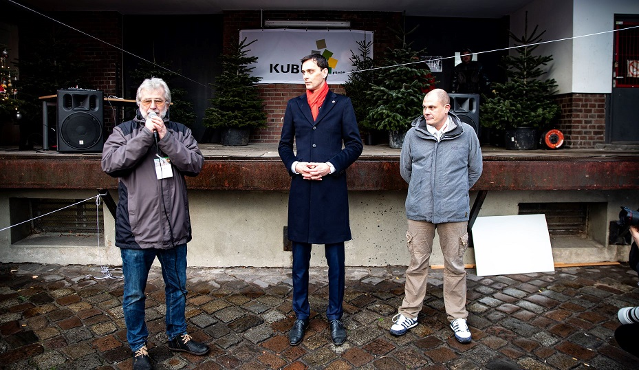 Neukölln hält zusammen – Martin Hikel ging Kaffeewette für Kubus ein 3