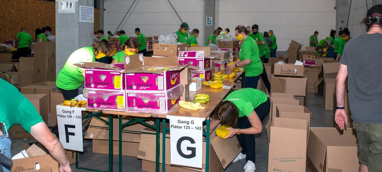 Rund 60 Tausend Bio Brotboxen für Schulanfänger gepackt 21