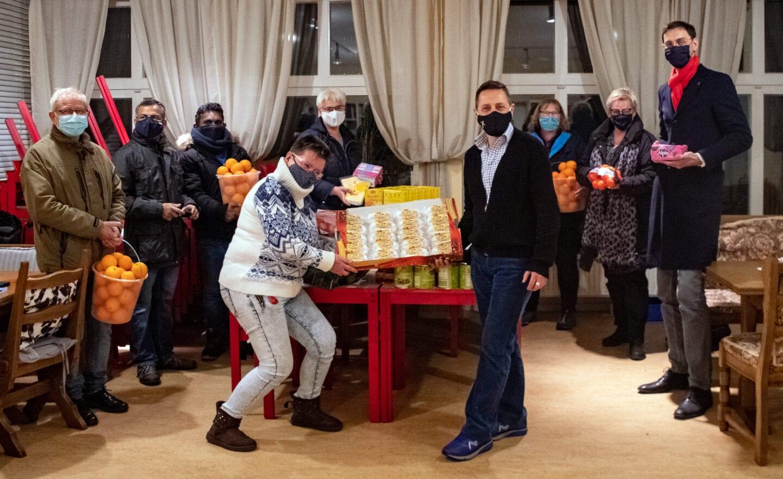SPD- Fraktion spendete erneut Lebensmittel für die Tee- und Wärmestube 1