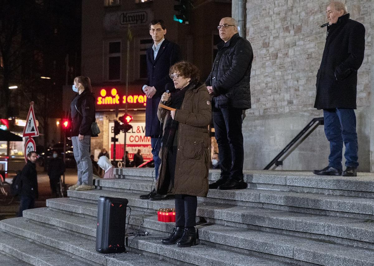 Gegen das Vergessen - Neukölln gedenkt der Opfer der rassistischen Morde von Hanau 2