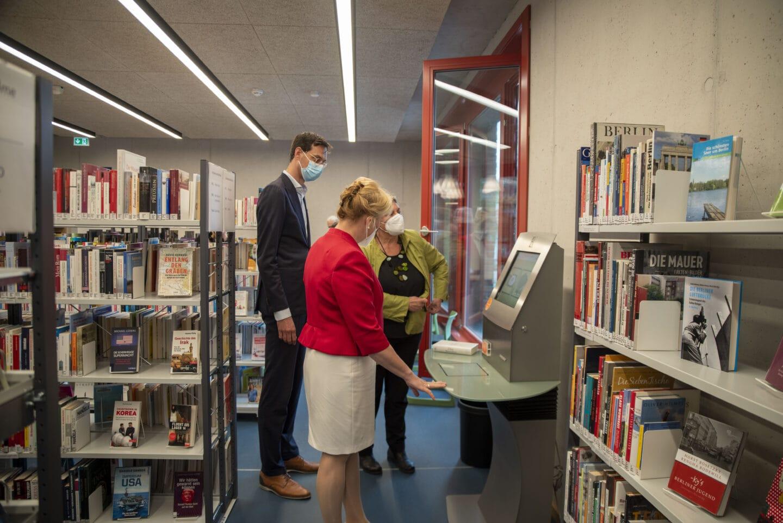 Neue Stadtteilbibliothek in Rudow eingeweiht 3
