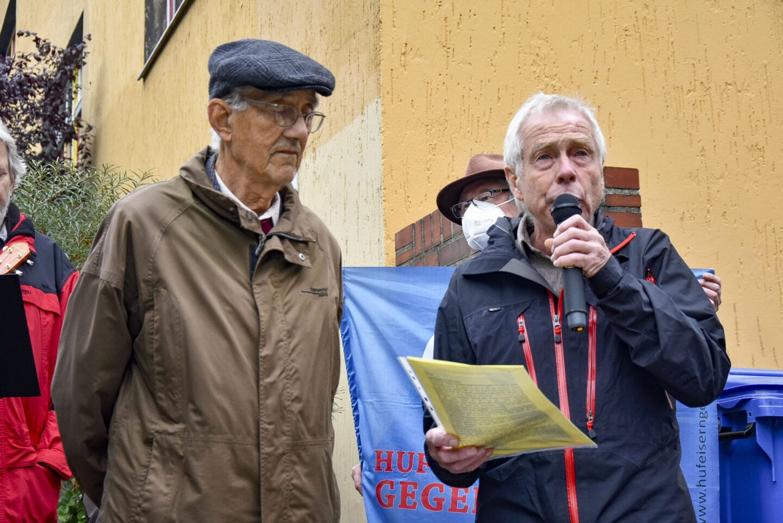 Stolpersteine für Elfriede und Werner Schaumann in Britz verlegt 3